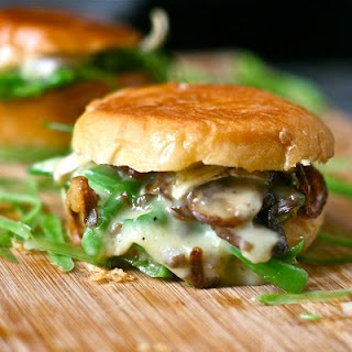 Brie & Green Bean Casserole Grilled Cheese Sliders: Greenbean, Green Beans Casseroles, Sliders, National Grilled, Sandwiches Months, Green Bean Casserole, Mr. Beans, Grilled Cheeses, Grilled Chee Sandwiches