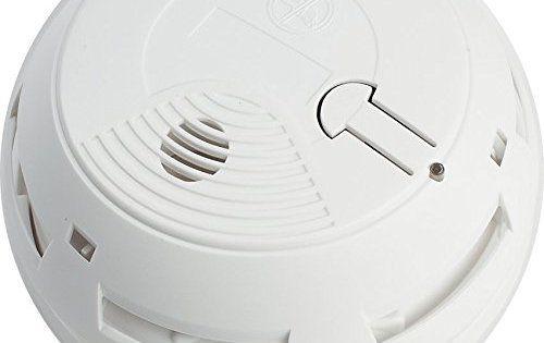 Myfox FO4003 Dtecteur radio de fume optique: Ce détecteur de fumée sans fil est connecté en permanence à votre installation MyFox afin de…