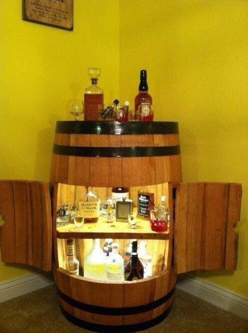 Small corner bar made from a Jack Daniels barrel. Complete with fridge & Best 25+ Jack daniels barrel ideas on Pinterest | Whiskey barrel ... islam-shia.org