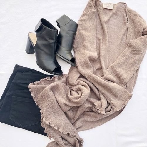 Simple items! Wear it over again just change accessories. Brown cardi on sale, check out shop my look link in bio  #ShopStyle #fallfashion #ootd #todaysdetails #MyShopStyle