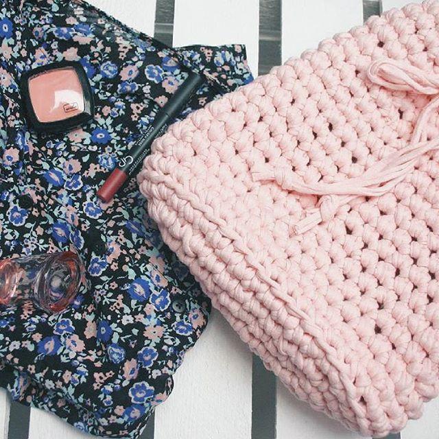 Crochet bag, pink, project