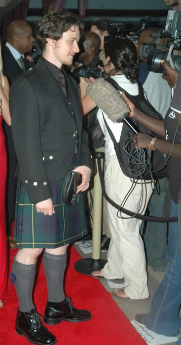 James McAvoy in a kilt. Nice. What is it with kilts? They make me happy.>agreed haha