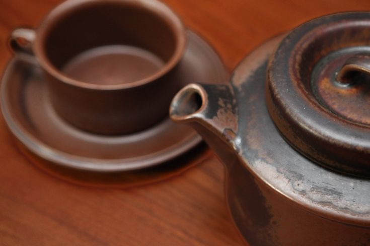 Mid-Century Teapot by Arabia Finland