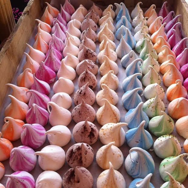 Meringue Kisses: Move Over Macarons And Cupcakes