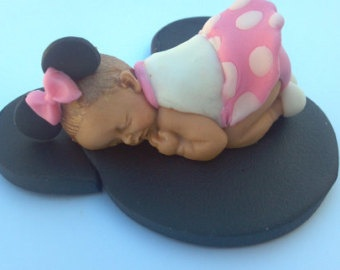 Fondant baby - Minnie mouse outfit