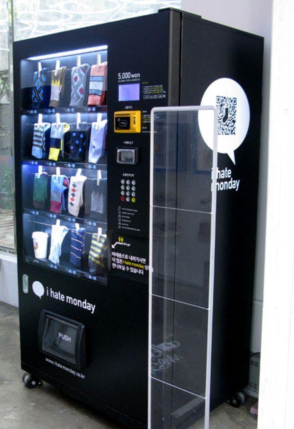 I Hate Monday - Sock Vending Korea