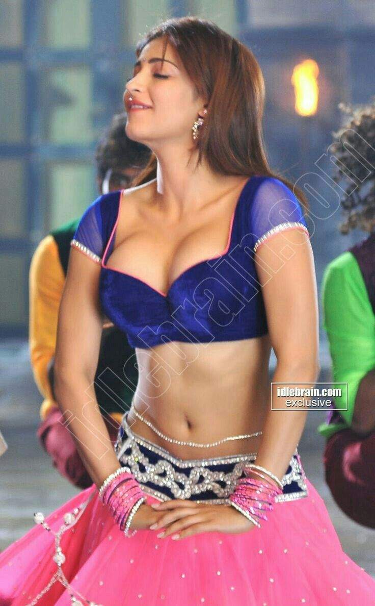Shruthi Hassan hot queen