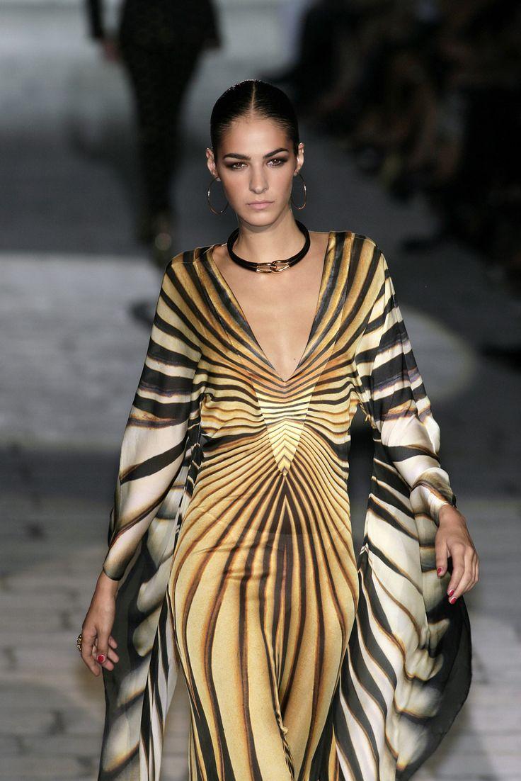 roberto cavalli at milan fashion week spring 2007 kleider rock
