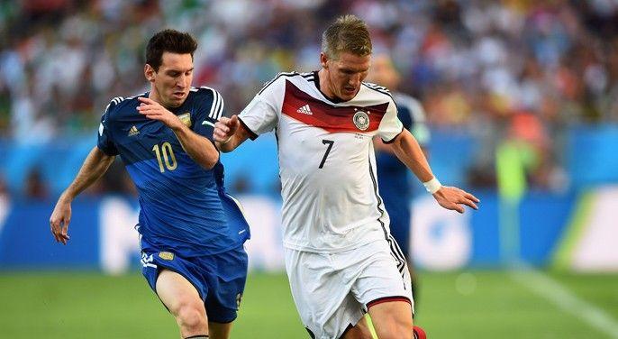 Duell 2014: Messi (l.) gegen Schweinsteiger
