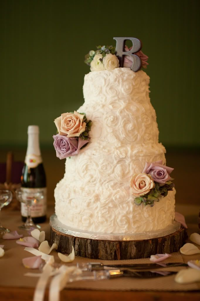 Gorgeous Textured Wedding Cake love it and the initial on top