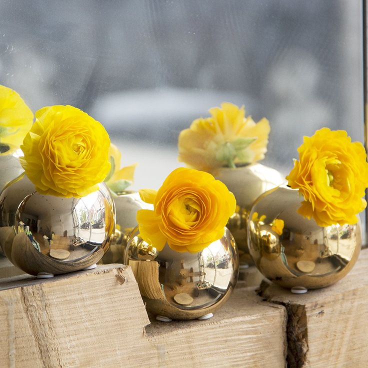 Chive  Jojo Small 3 Sphere Round Ceramic Flower Vase Decorative Modern Vase for Home Decor Living Room Centerpieces and Events  Wholesale Bulk 6 Pack  Gold -- Check out the image by visiting the link. #Vases
