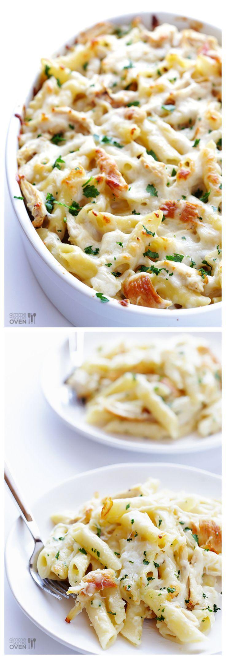 Creamy + declicious chicken alfredo baked ziti | gimmesomeoven.com #OnePotPasta:
