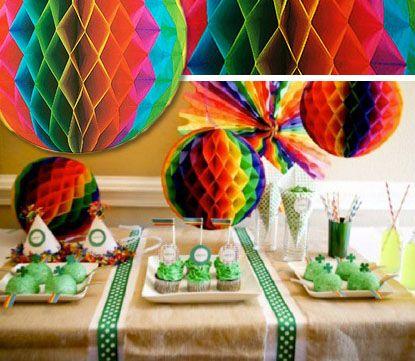 Радужные бумажные шары