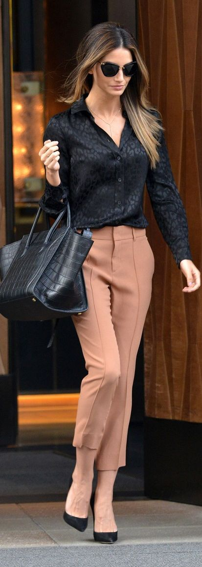 Lily Aldridge. Some cute trousers, black blouse and gorgeous bag! Sorted, simple