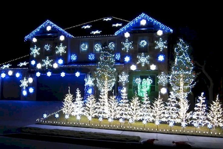 Christmas House Light Show 2020 DIY Outdoor Christmas Lights Ideas 2020 | Christmas light show