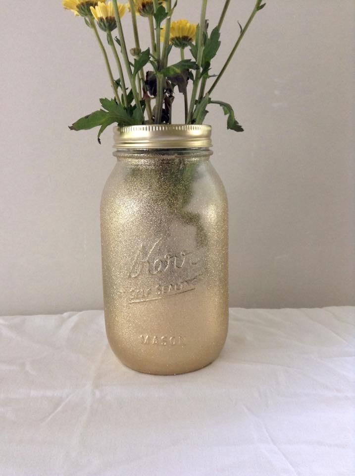 6 Gold Glitter Quart Size Mason Jars. 6 Gold Glitter Quart Size Mason Jars on Tradesy Weddings (formerly Recycled Bride), the world's largest wedding marketplace. Price $34.98...Could You Get it For Less? Click Now to Find Out!