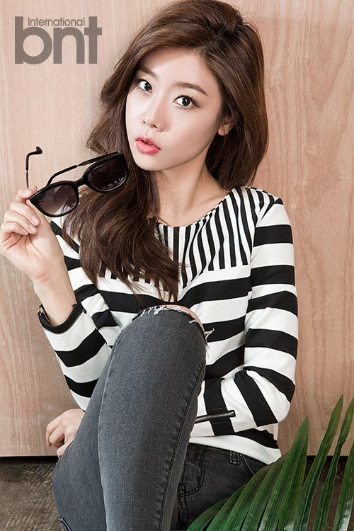 Girl's Day's So Jin bnt International March 2014