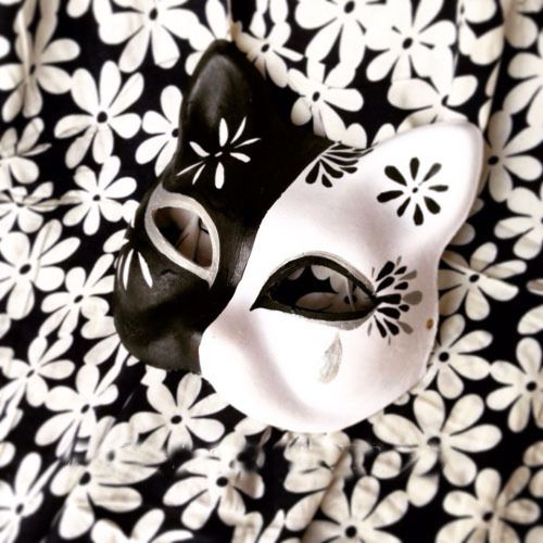Half Face Hand Painted Japanese Fox Mask Kitsune Black and White ...