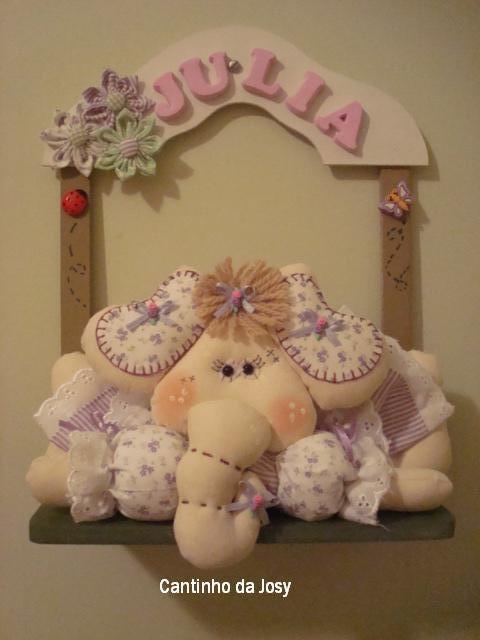 Enfeite para porta de maternidade, elefantinha.