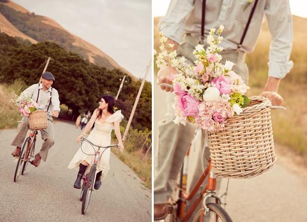 bike wedding pictures