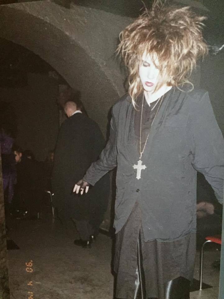 Crue Devil Shout Costume Motley