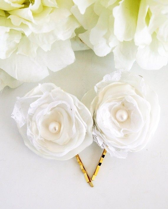 I am dying over these hair pins!! I wore them in my wedding, and I couldn't have been happier! LittleWhiteDresser is the best! $21.00