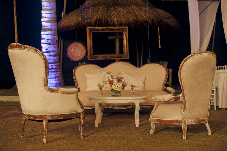 Floating frames - Marcos flotantes en los lounges By MY GRoup Eventos