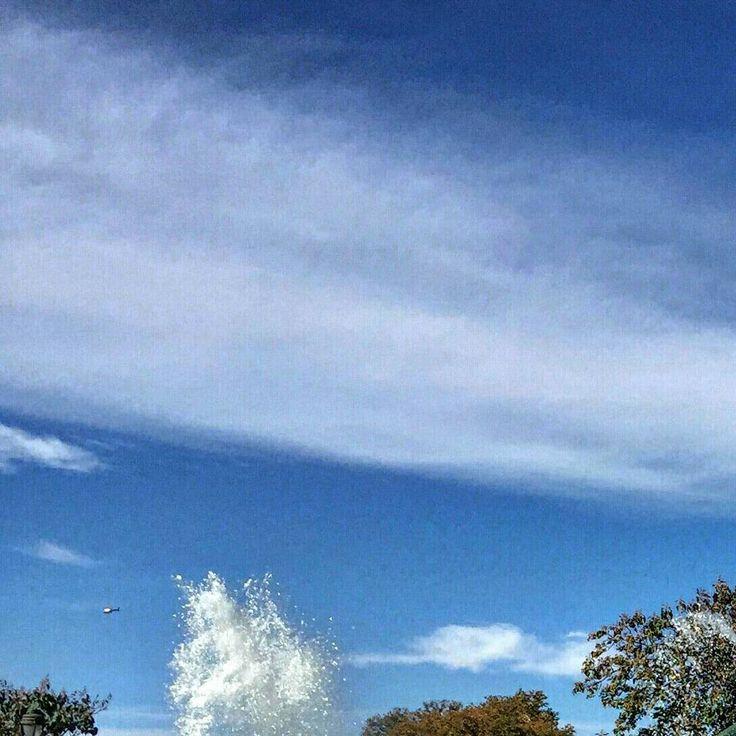 Winter's Rainbow  Part 6/6   Philadelphia (PA)  Estados Unidos   @gabrifreitas  iPhone 6   #usa #travel #photography #tourism #rainbow #water #photographer #instatravel #nature #naturephotography #photo #garden #colors #cold #philly #vscocam #autumn #philadelphia #winter #american #park #picoftheday #vsco #unitedstates #観光 #写真術 #自然 #休日の旅行 #落書き