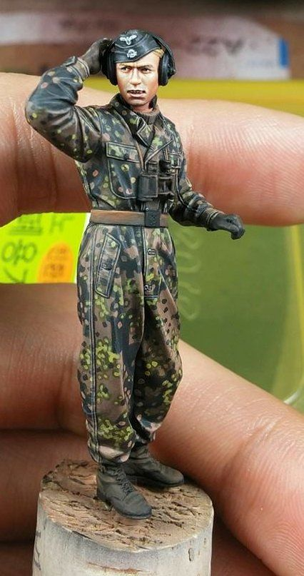 The Modelling News: Review: Alpine's new 1/35th SS Panzer Commanders - bringing something different to something similar