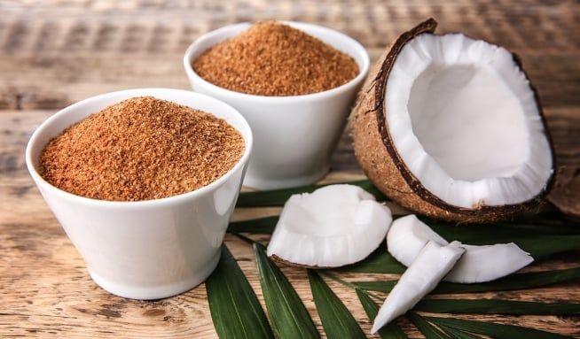 Kokosový cukr, nebo palmový? Cena je podobná, složení se liší - Vitalia.cz