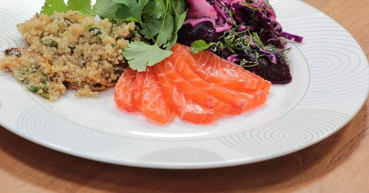 Sofies Feestmaand: Gemarineerde zalm quinoa rode biet en salade van rode kool