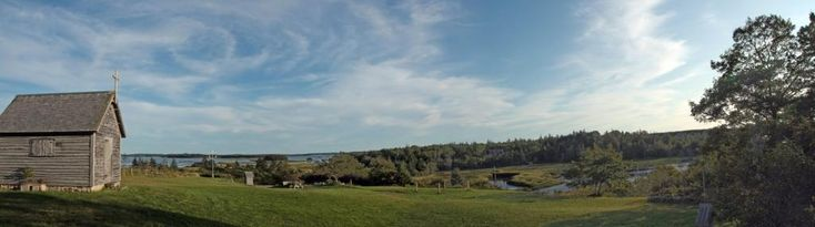 Rocco Point Chapel and Nature Trail — 0.5km trail with a boardwalk leading to an observation deck in Rocco Point, Nova Scotia