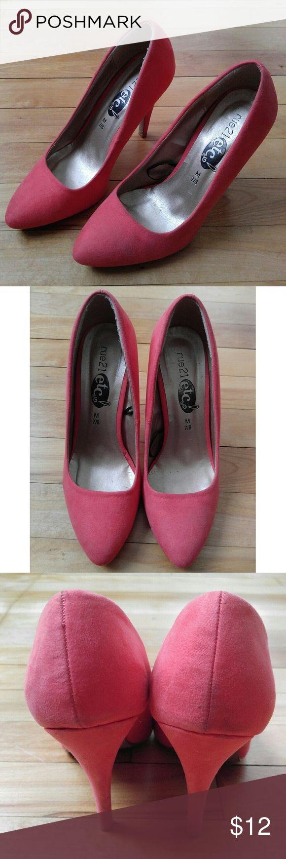 Rue 21 Coral heel 3.5 inch heel pointed toe Rue 21 etc! Semi-pointed toe coral heel 3.5 inch heel Rue 21 Shoes Heels