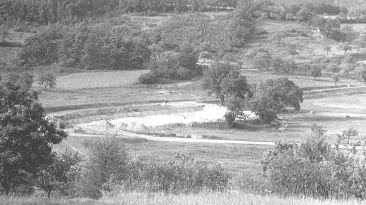 V srpnu 1962 byla zahájena výstavba požární nádrže,která se využívala též jako koupaliště - Kačák