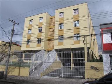 Aluguel apartamento bem localizado, 02 dormitórios, 01 sala cozinha área de serviço com tanque, Bwc social dep. de empregada c/ Bwc 01 vaga de garagem, piso taco. Valor liquido: R$ 950,00 Valor do Condomínio: R$ 282,00 Local: Rua: Nunes Machado, 976 – Centro – Curitiba – PR Ref.: 03137.003 Área total: 98m²Imobiliária Gonzaga Aluguel Av. Sete de Setembro, 3695 Centro • Curitiba • PR Fone (41) 3014-1010 http://www.grupogonzaga.com.br/tabid/2421/default.aspx