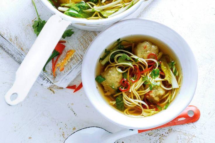 Thaise visballetjes met noedelsoep - Recept - Allerhande