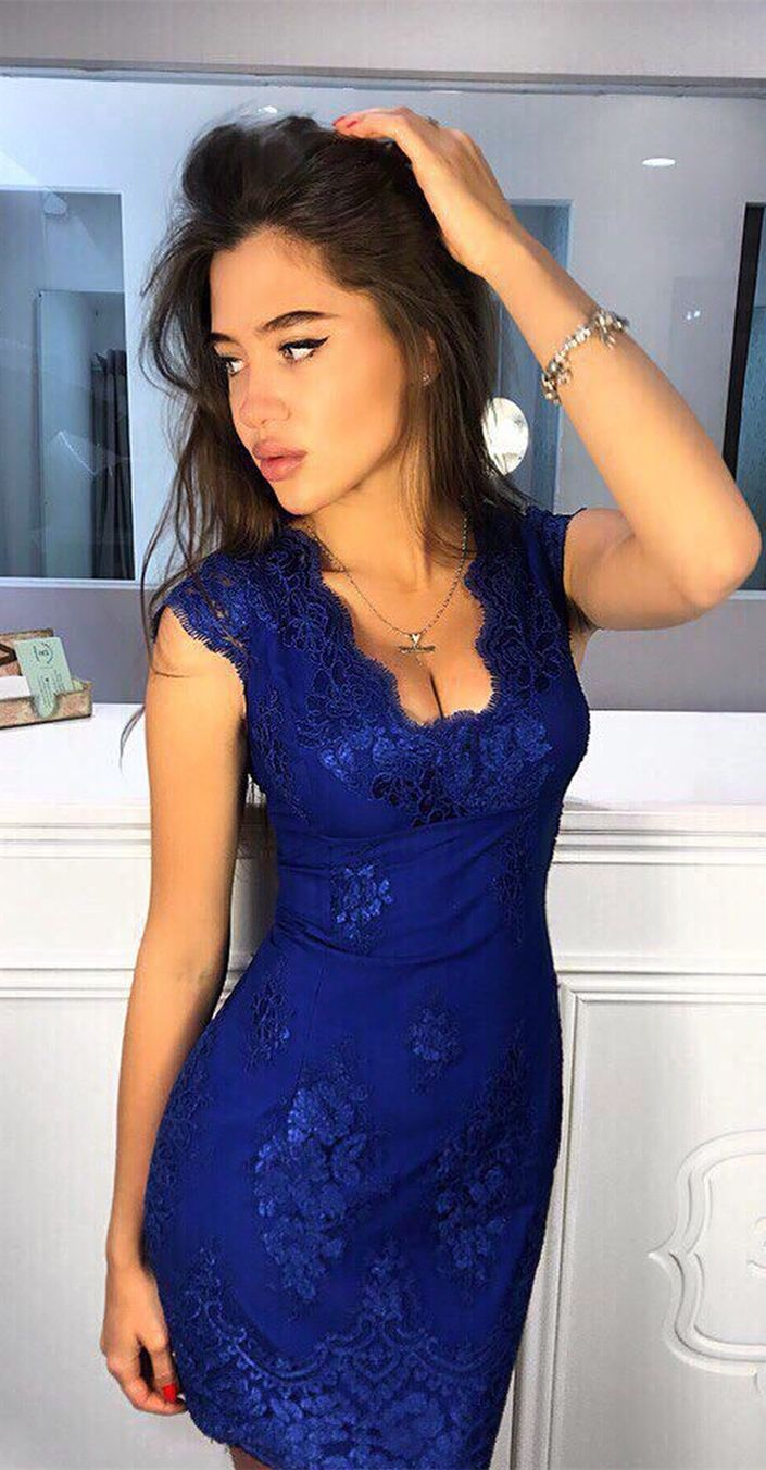 1bc14408881ca Sheath V-neck Cap Sleeves Short Champagne Homecoming Dress with ...