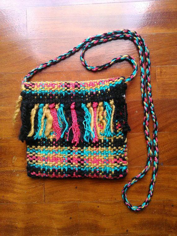 Borsetta a tracolla multicolore tessuta al telaio