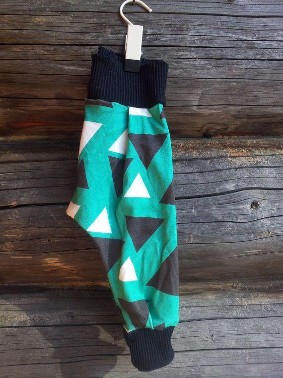 Organic cotton Harlem pants/leggings by MayaDesignFinland on Etsy
