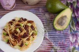 Паста с Фасолью и Вялеными Томатами   vegelicacy.com - вегетарианские рецепты