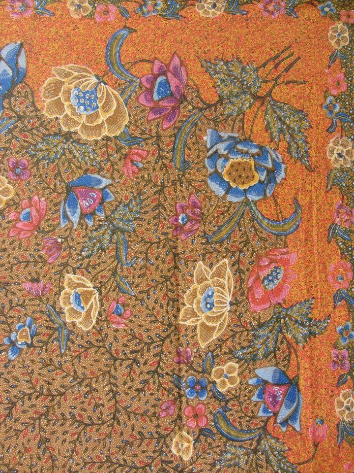 Demakan batik with orange tanahan. Full handrawn vintage batik. Indonesian batik. This kind is my favorite ❤