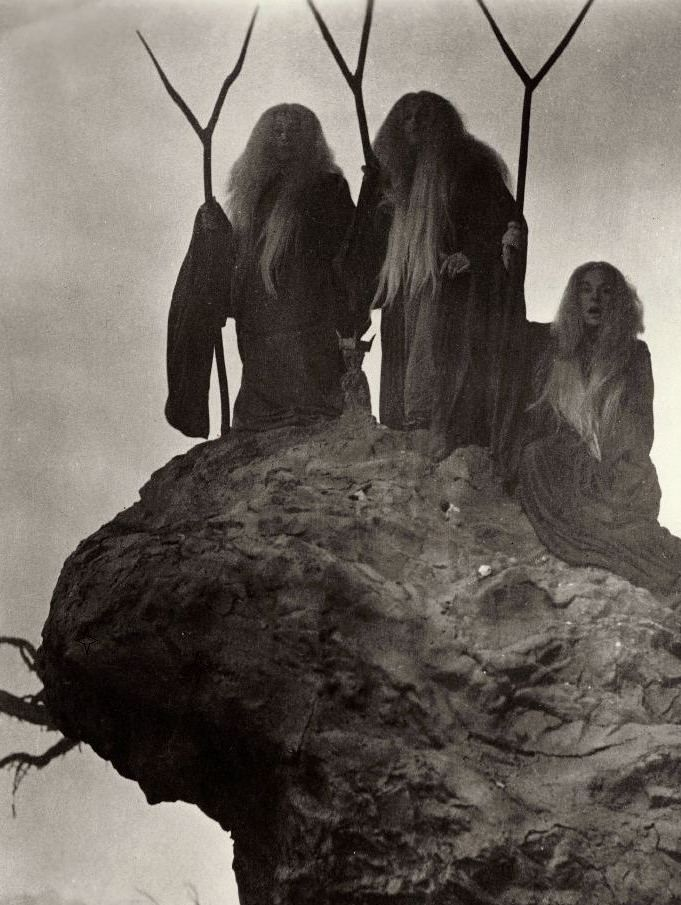 The Three Witches in Macbeth (1948, dir. Orson Welles)