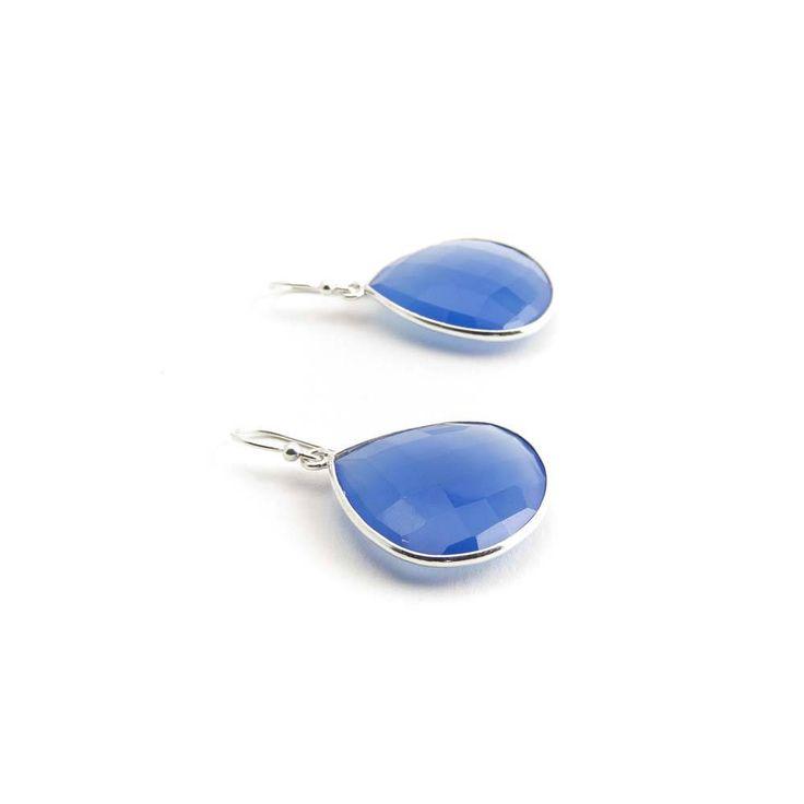 De Vogue Grote oorbellen met diep blauw chalcedoon halfedelsteen in zilver