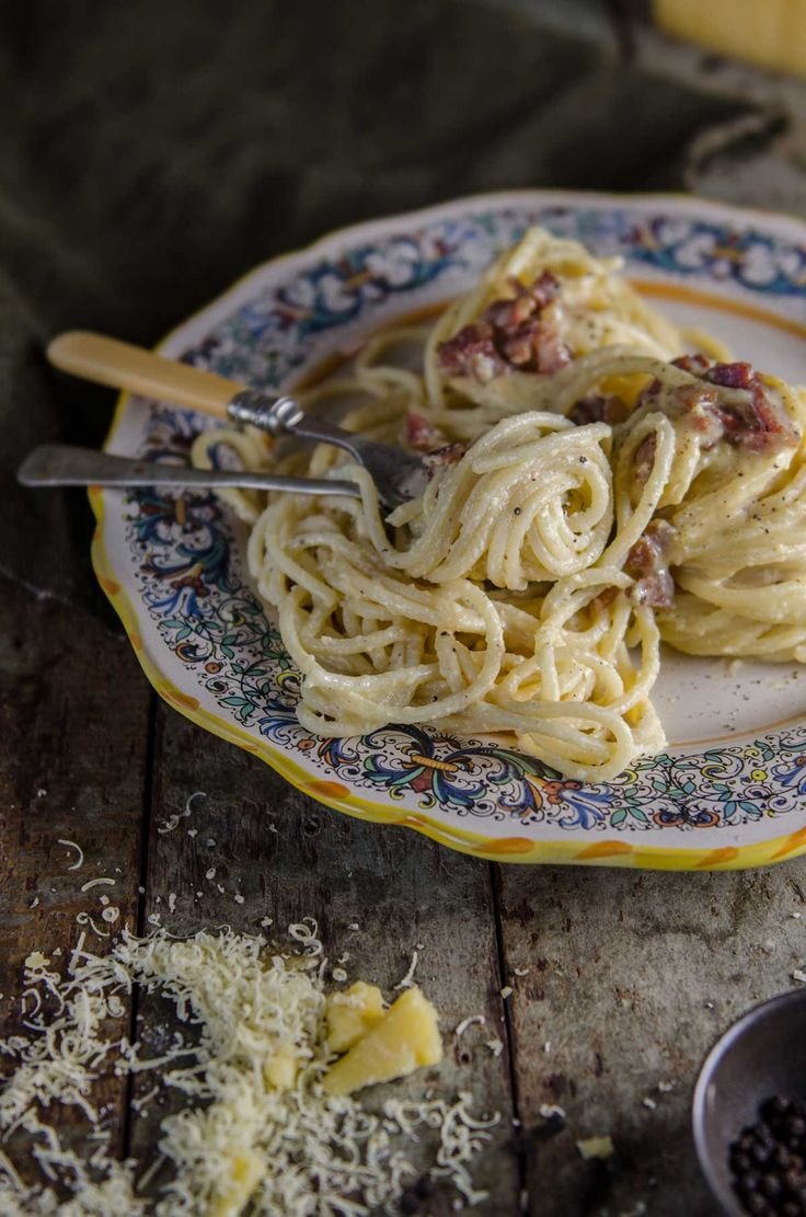 Spaghetti alla Carbonara | Chew Town Food Blog