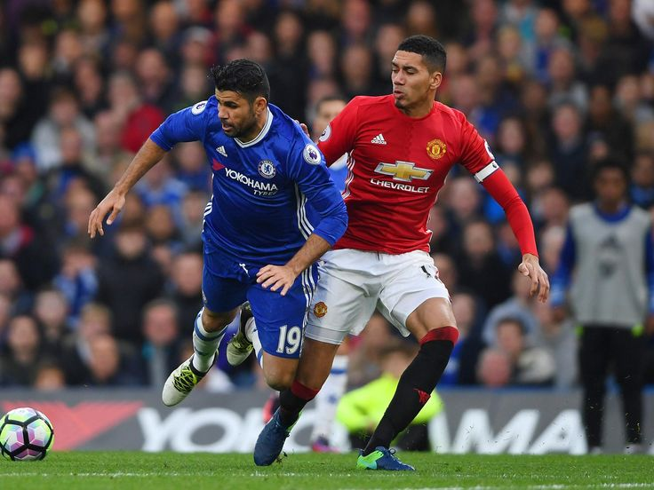 Manchester United news: Chris Smalling out for a month with broken toe as Jose Mourinho's criticism triggers backlash #manchester #united…