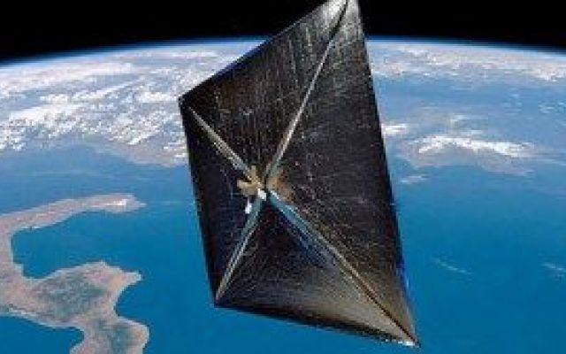 Grazie al laser avremo un nuovo metodo di propulsione spaziale Questo metodo di propulsione potrebbe far arrivare una sonda di 100 kg su Marte in soli 3 giorni. Un veicolo con equipaggio (dunque più pesante) impiegherebbe circa un mese per raggiungere il pianeta #deep-in #fotoni #laser #marte #niac