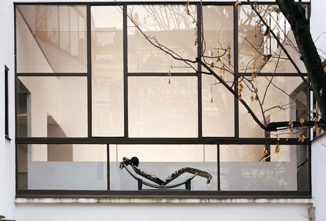Le Corbusier tubular steel Chaise Longue LC4