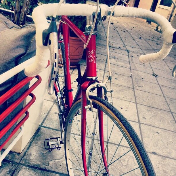 This beauty... part 2! #roadbike #peugeot