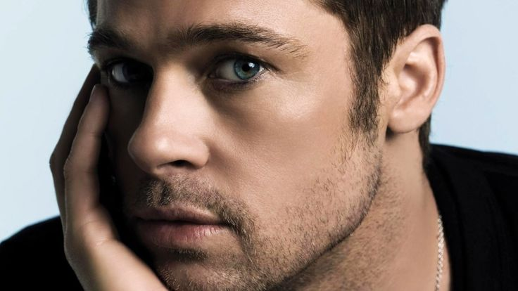 Hottest Pictures of Brad Pitt