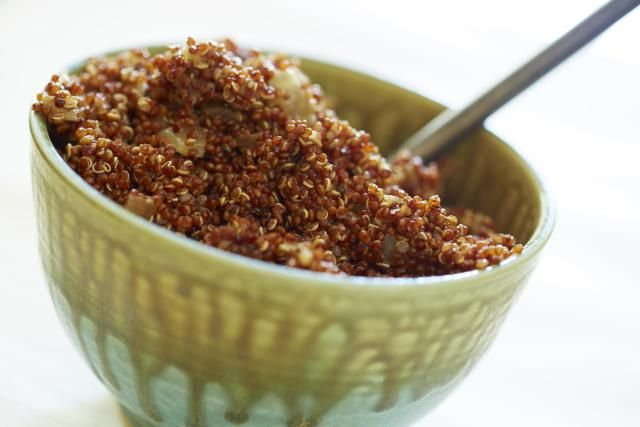 What is quinoa? Need some healthy vegetarian or vegan quinoa recipes or just some cooking tips? Wondering how to cook quinoa? Read on for a definition and what you need to know about this ingredient and why vegetarians and vegans should love it!